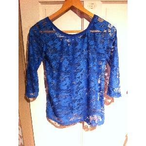 blauwe kanten blouse